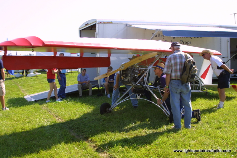 Big Backyard Ultra : Backyard Flyer Swing Wing ultralight aircraft pictures, Backyard Flyer