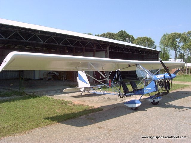 Two Place Ultralight Aircraft http://www.lightsportaircraftpilot.com/ultralight_twoseat_training_exemption/index.html
